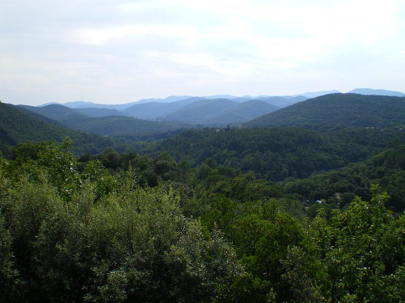 Panorama van de heuvels van de Cevennen