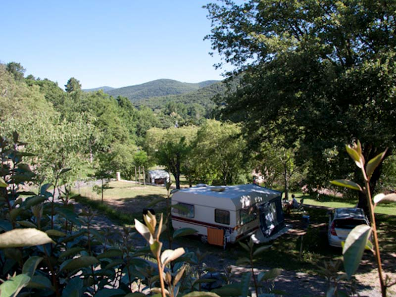 Shaded pitch on Terrace overlooking the Cévennes