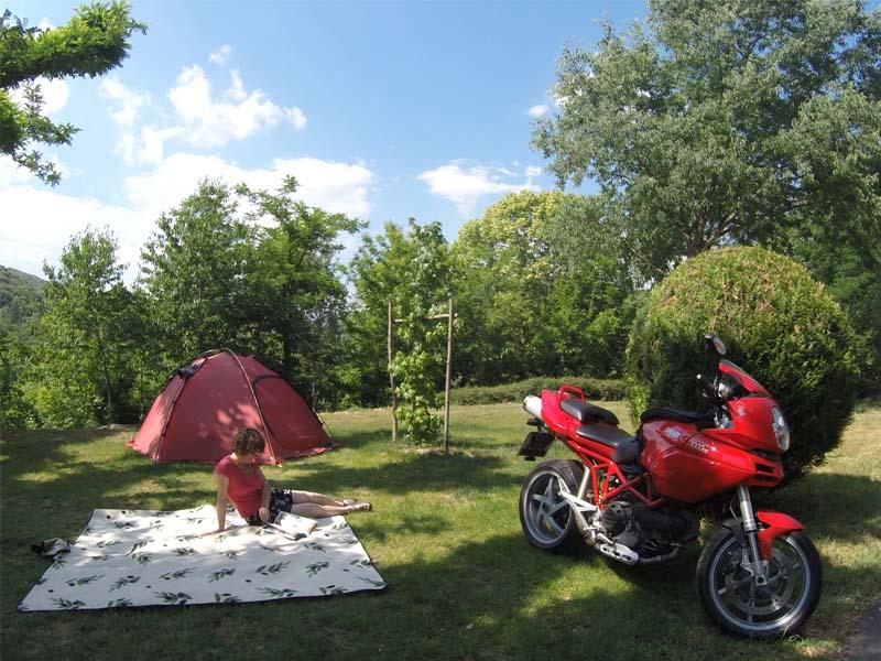 tent-motorbike