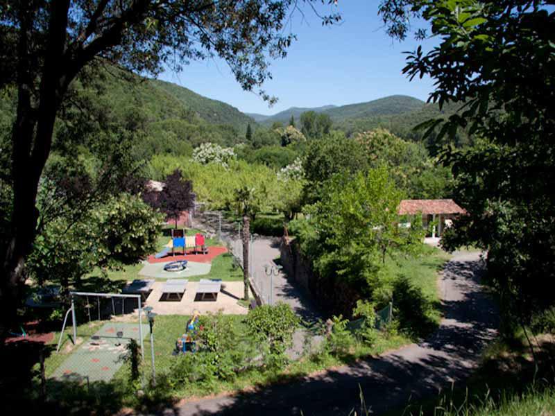 Terrain de jeux du camping